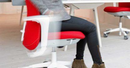 wegschuifbare armleggers bureaustoel HAG Slide-Back