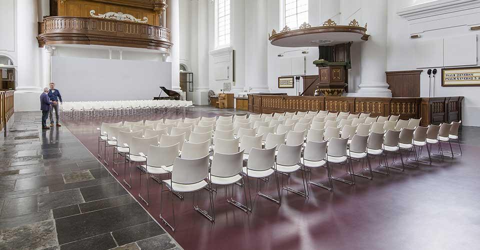 zaalstoelen, kerkstoelen Casala Curvy