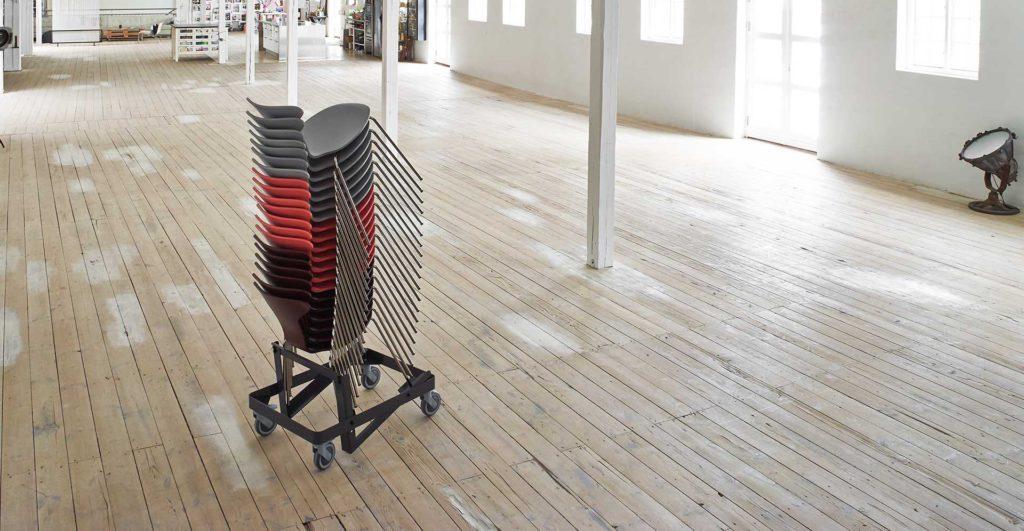 Stapelbare stoelen Howe Munkegaard