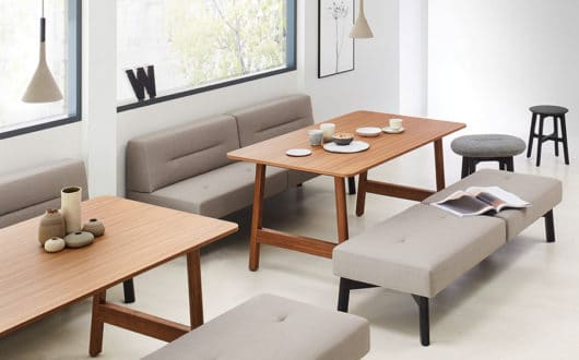 ophelis Docks modulair meubilair in een notenhout kantineopstelling